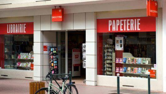 Devanture Librairie Decitre Annecy